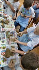 zajęcia plastyczne dla dzieci - glina